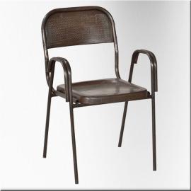Chaise en fer tubulaire et tôle perçée