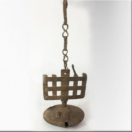 Lampe à huile en fer forgé XVIIIème S.