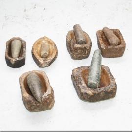 Mortier en pierre XVIème S. avec pilon