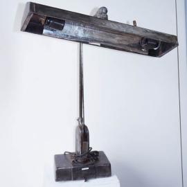 Lampe de bureau articulée en fer