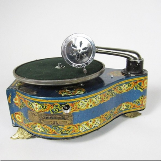 Iron gramophone (small size) for children