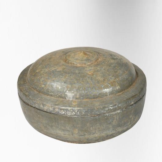 Pot couvert en zinc XIXème S.