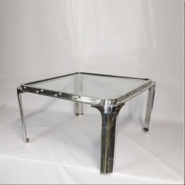 Sabord carré en aluminium monté en table