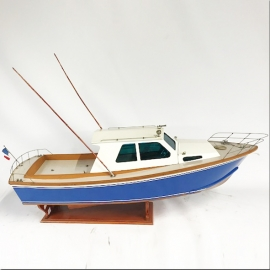 Maquette de vedette rapide de pêche au gros