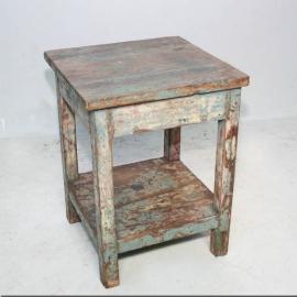 Table carrée industrielle laquée