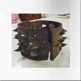 Collier à pointe de fer pour chien XIXème S.