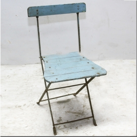 Folding blue iron chair
