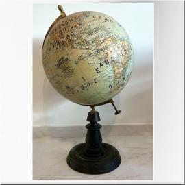 Globe terrestre (grand modèle) sur pied en bois