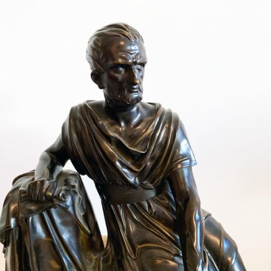 Pendule en bronze et marbre de Sienne XIXème S.