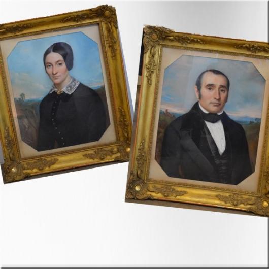 Portraits XIX au pastel (Paire de)