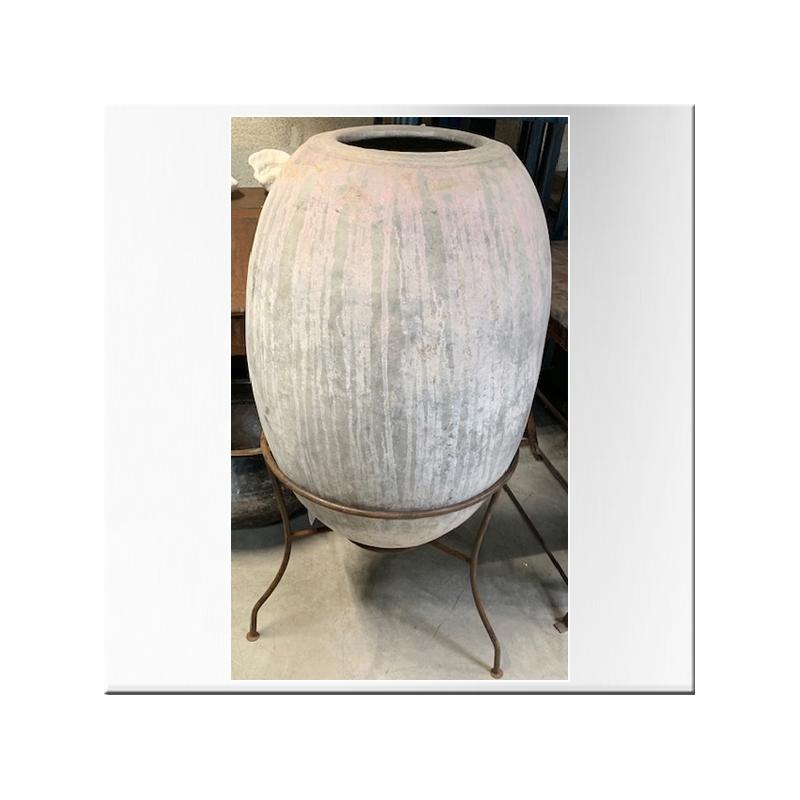 jarre en terre cuite sur socle en fer jdeco marine. Black Bedroom Furniture Sets. Home Design Ideas