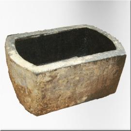 Abreuvoir en granit XVIIIème S.