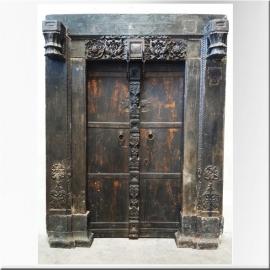 Porte double en teck laqué noir moghole XVIIIème S.