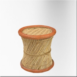 Wicker stool with rope and leather edge