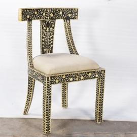 Chaise syrienne en bois et os